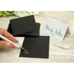 Uniball White gel pen x 1