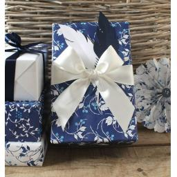 Liberty China Print Wrapping paper kit